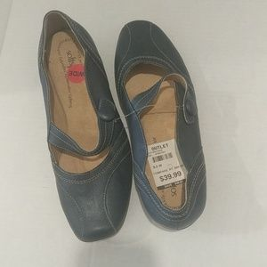 SOFTSPOTS BLUE WOMEN LEATHER SHOE SIZE 9.5W NWD